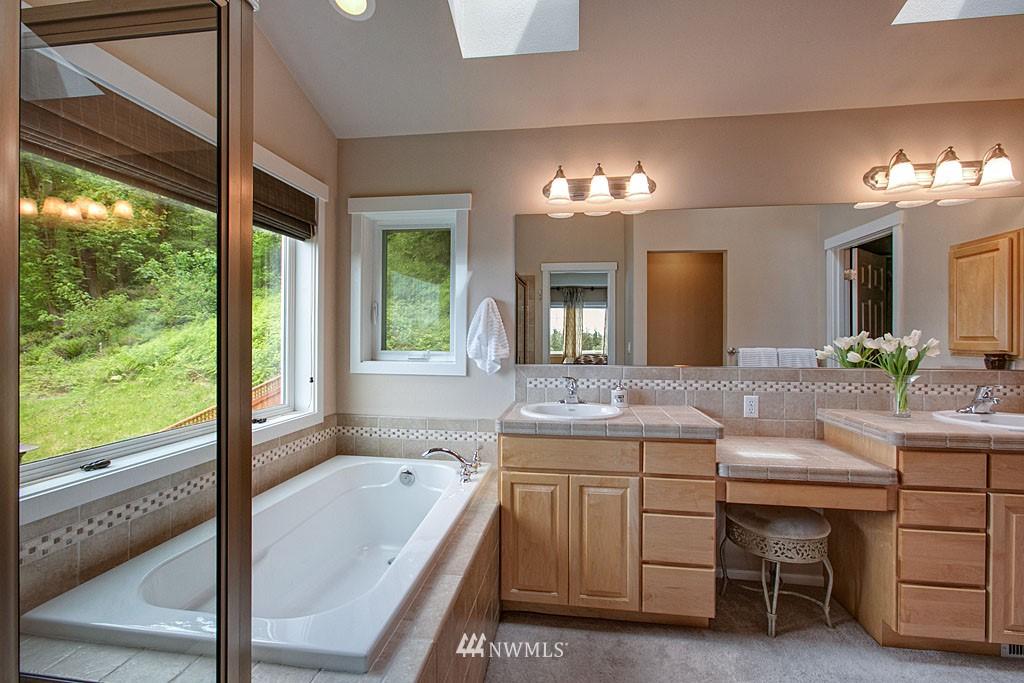 Sold Property | 13828 SE 76th  Place Newcastle, WA 98059 5