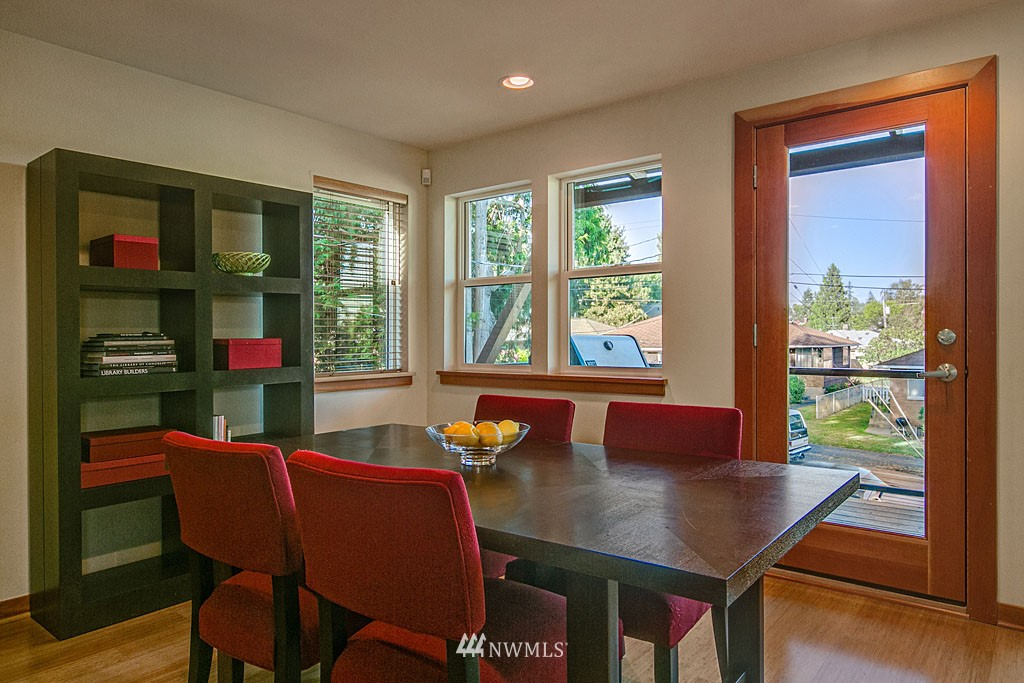 Sold Property | 6701 14th Avenue NW Seattle, WA 98117 4