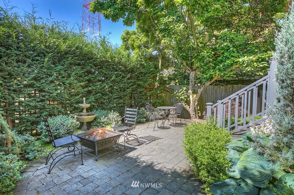 Sold Property | 361 Garfield Street Seattle, WA 98109 2