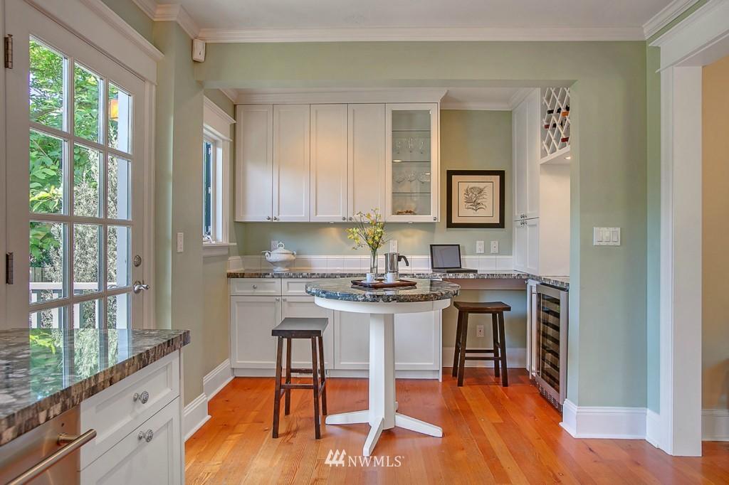 Sold Property | 361 Garfield Street Seattle, WA 98109 7