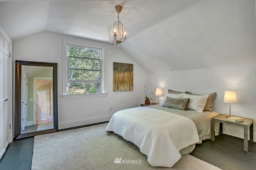 Sold Property | 361 Garfield Street Seattle, WA 98109 8