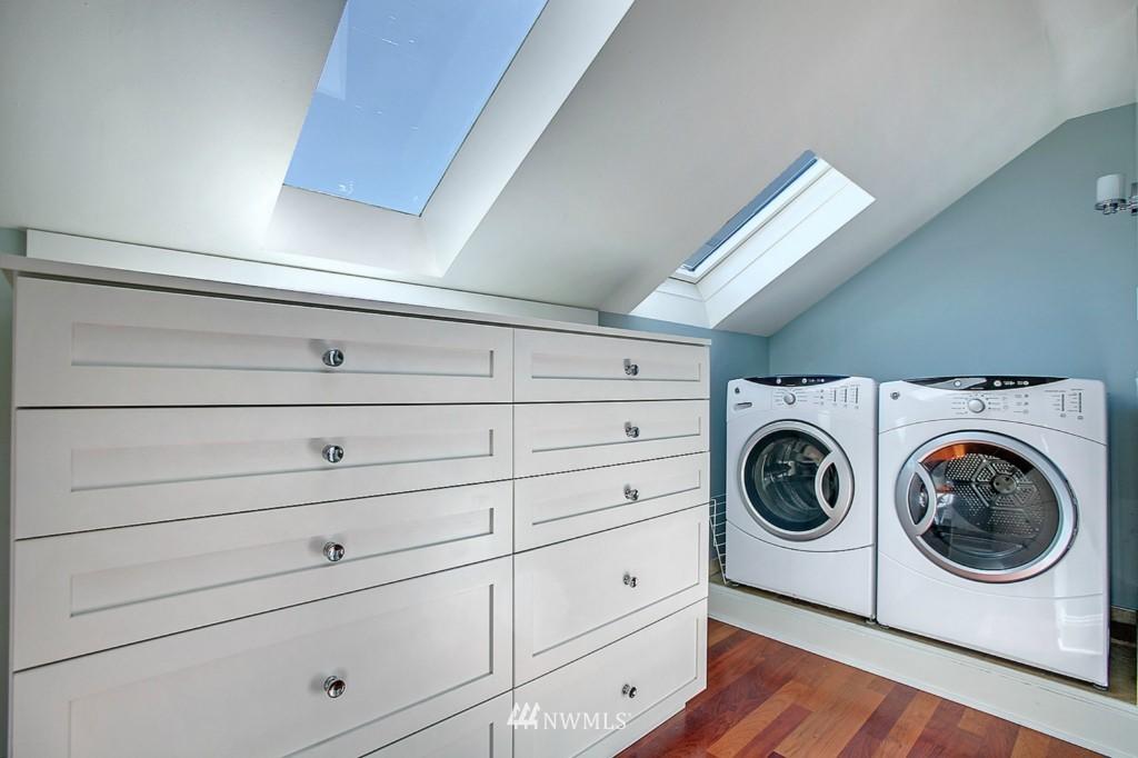 Sold Property | 361 Garfield Street Seattle, WA 98109 10
