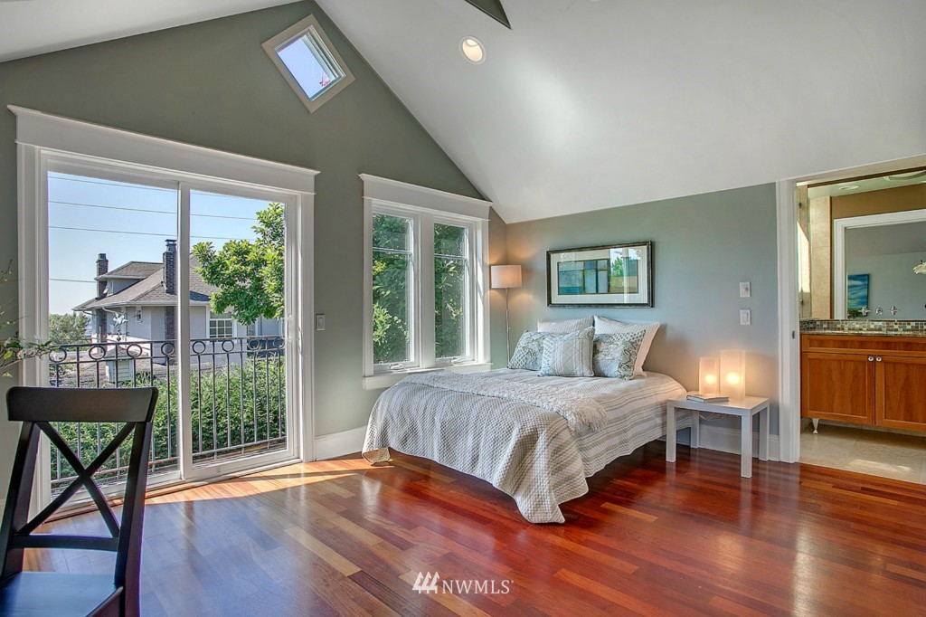 Sold Property | 361 Garfield Street Seattle, WA 98109 11