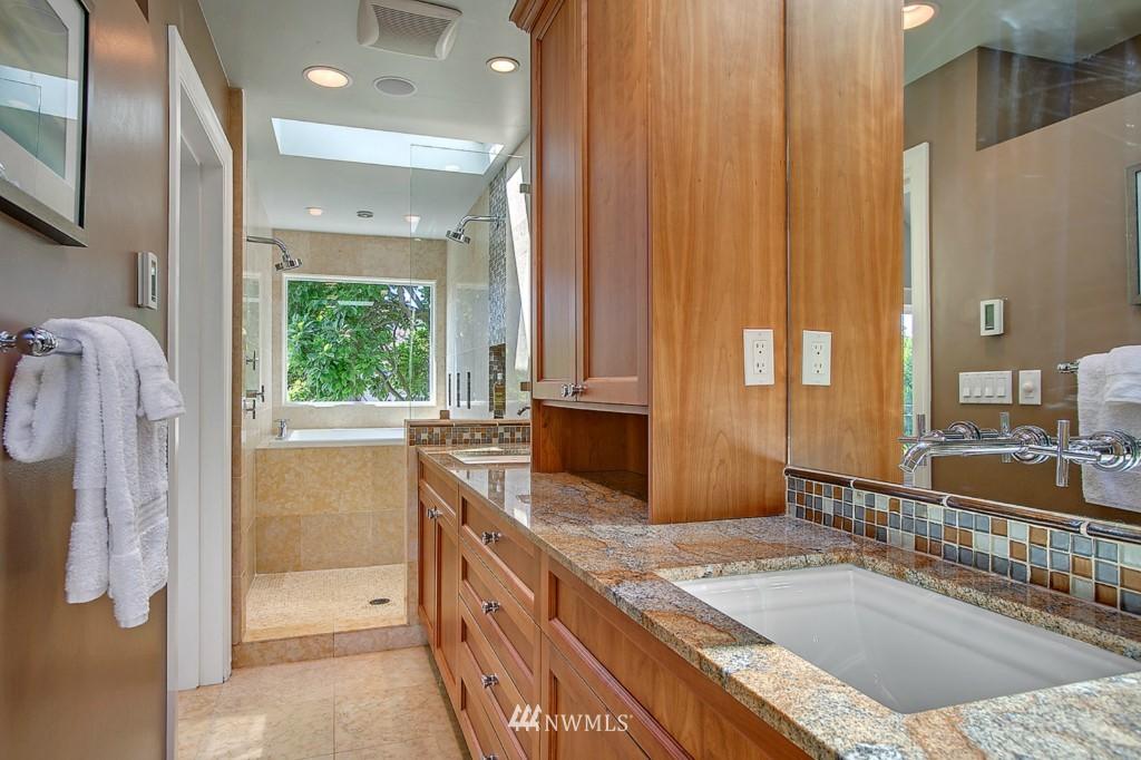 Sold Property | 361 Garfield Street Seattle, WA 98109 12