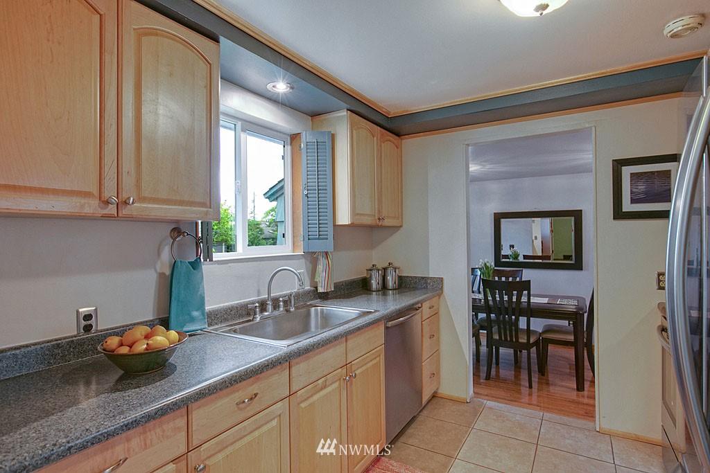 Sold Property | 13519 16th Avenue NE Seattle, WA 98125 4
