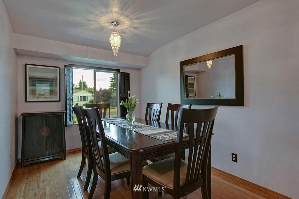 Sold Property | 13519 16th Avenue NE Seattle, WA 98125 5