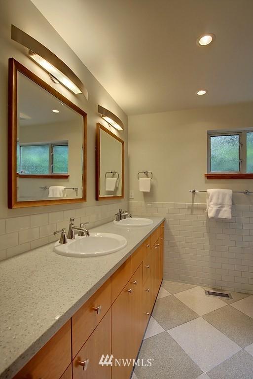 Sold Property | 2168 38th Avenue E Seattle, WA 98112 12
