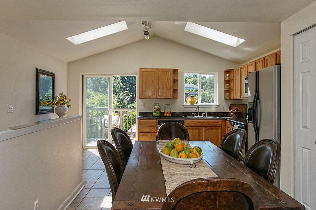 Sold Property   1625 29th Avenue Seattle, WA 98122 3