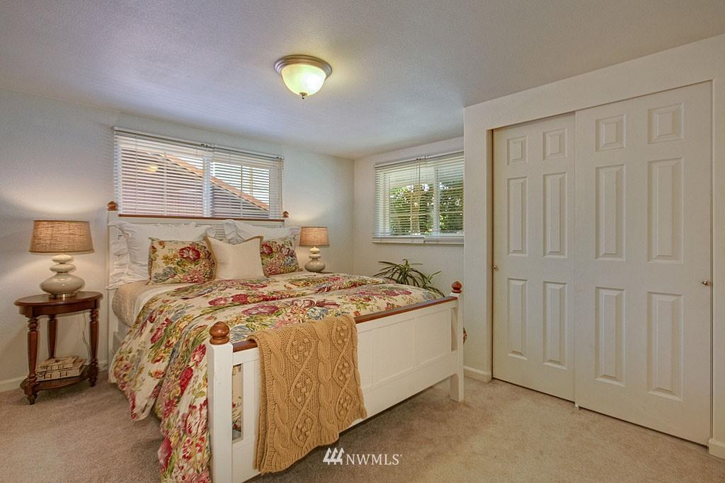Sold Property   1625 29th Avenue Seattle, WA 98122 5