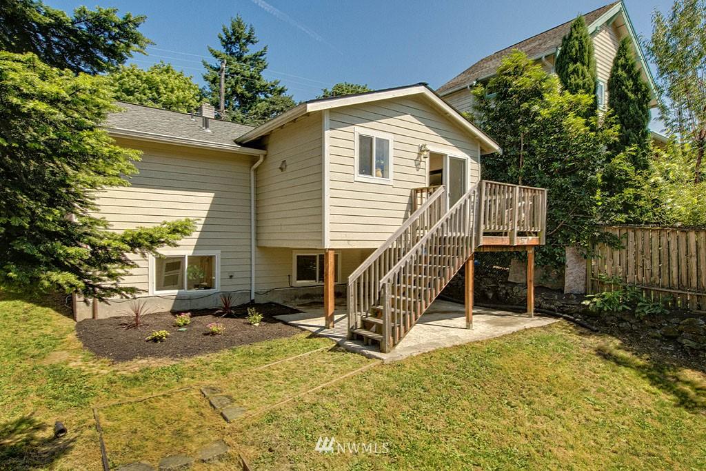 Sold Property   1625 29th Avenue Seattle, WA 98122 12