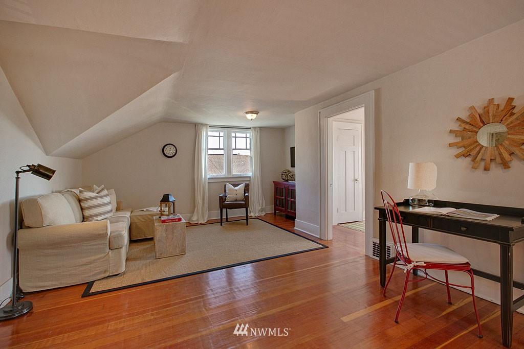 Sold Property   6714 1st Avenue NW Seattle, WA 98117 10