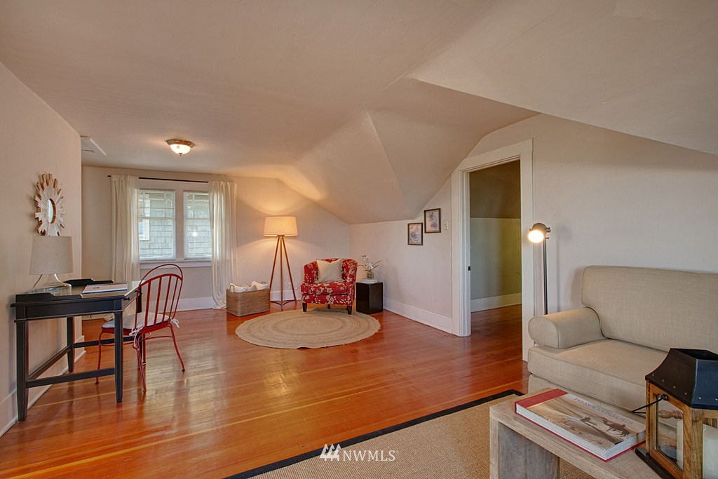 Sold Property   6714 1st Avenue NW Seattle, WA 98117 11