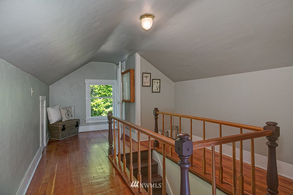 Sold Property   6714 1st Avenue NW Seattle, WA 98117 12