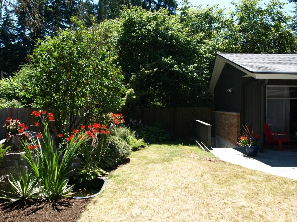 Sold Property | 15714 Greenwood Avenue N Shoreline, WA 98133 3