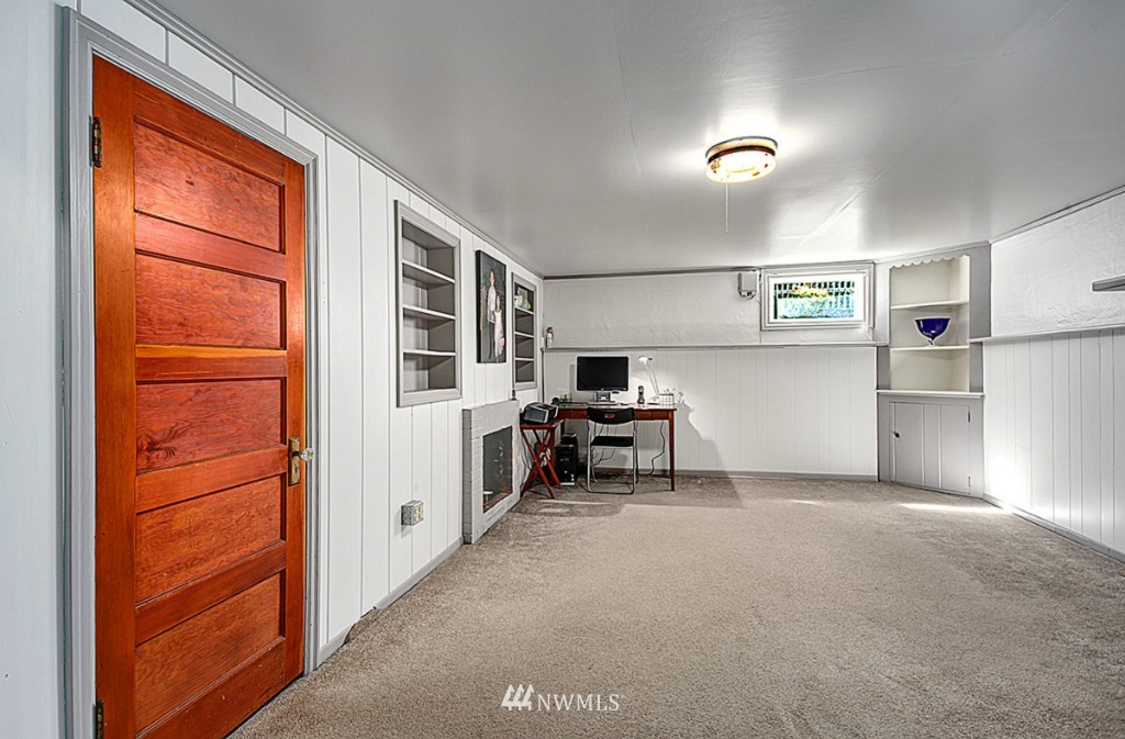 Sold Property | 637 NW 80th Street Seattle, WA 98117 5