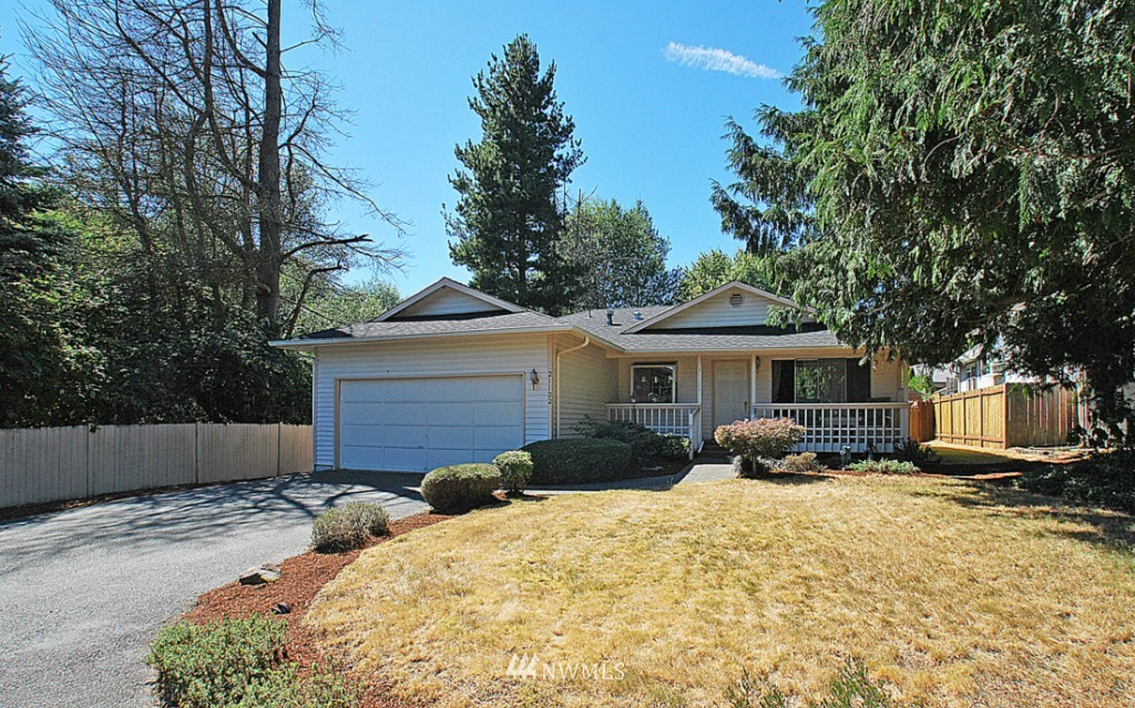Sold Property | 21122 Poplar Way Lynnwood, WA 98036 0