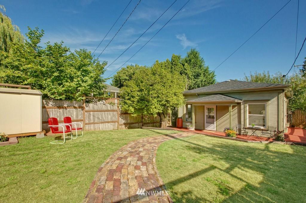 Sold Property | 5036 25th Avenue SW Seattle, WA 98106 1