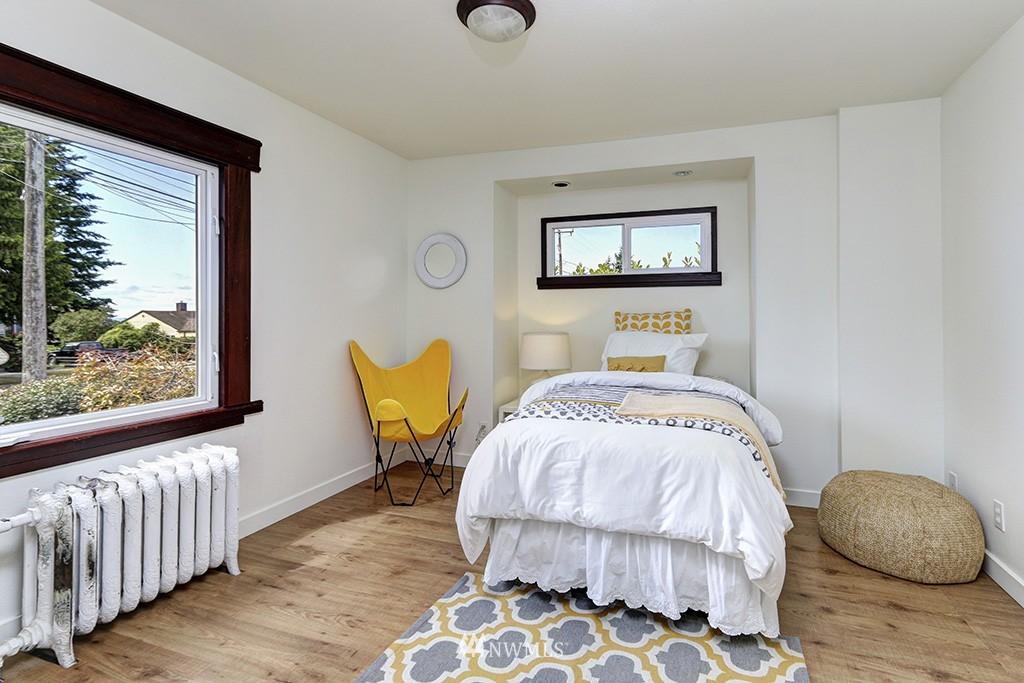 Sold Property   3716 SW Cloverdale Street Seattle, WA 98126 8