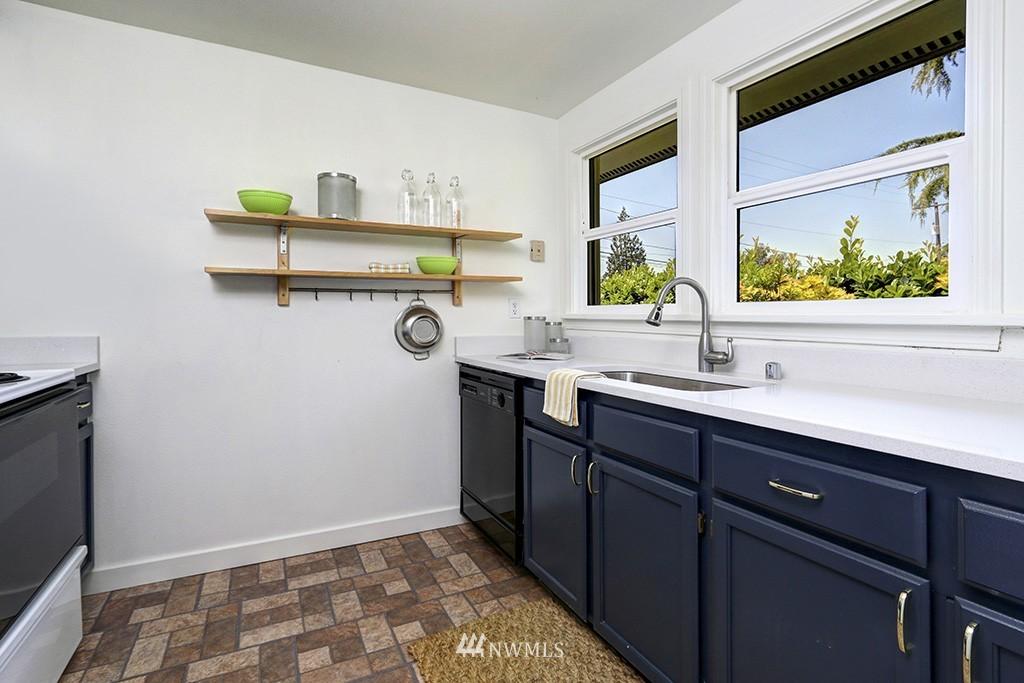 Sold Property   3716 SW Cloverdale Street Seattle, WA 98126 9