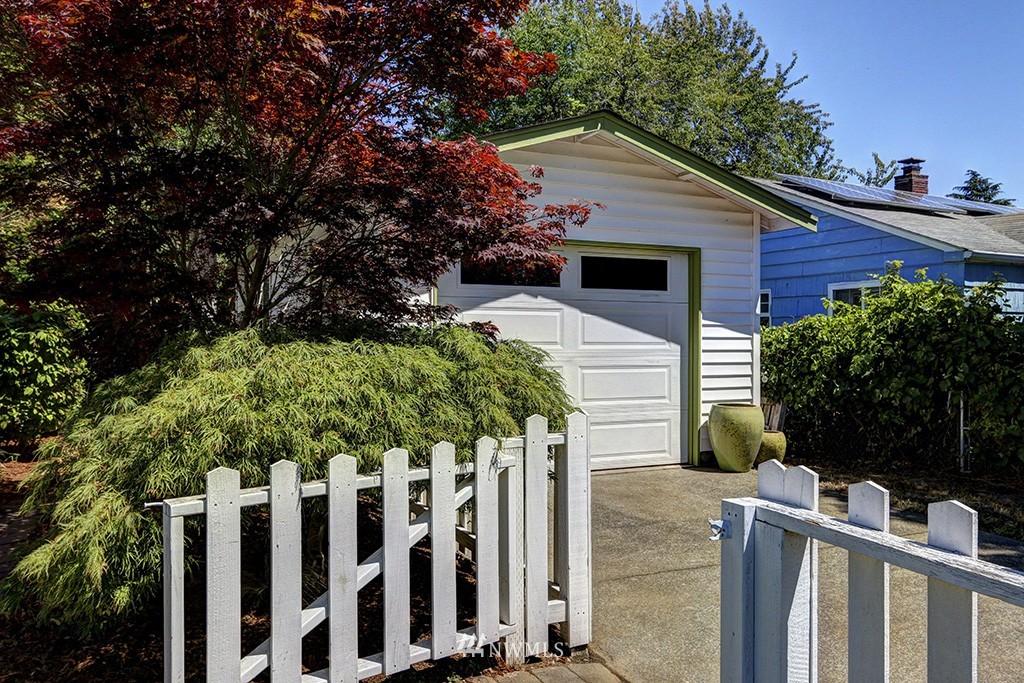 Sold Property   3716 SW Cloverdale Street Seattle, WA 98126 20