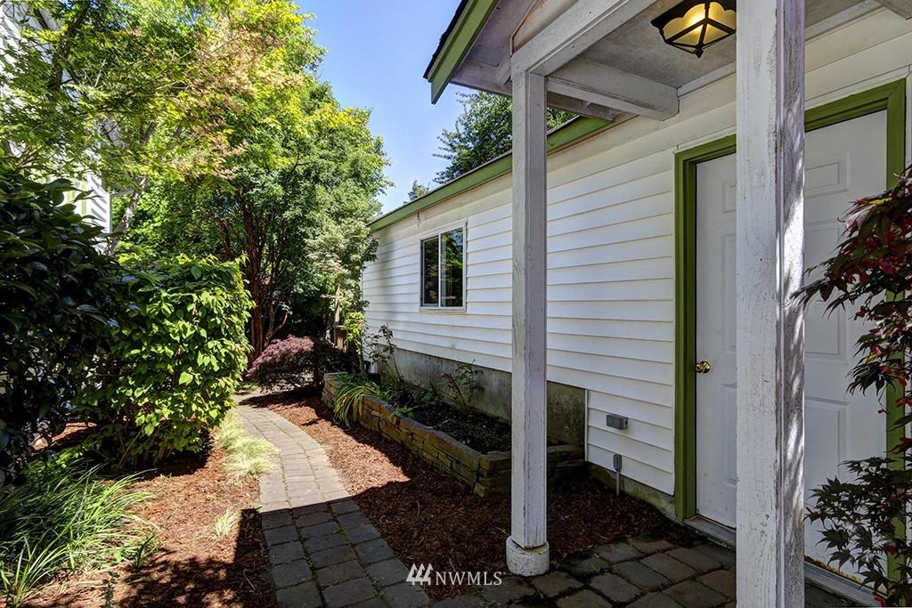 Sold Property   3716 SW Cloverdale Street Seattle, WA 98126 21