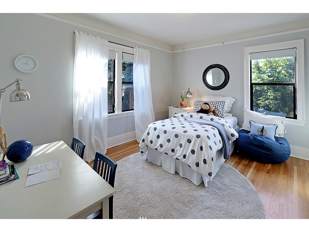 Sold Property   3215 NW 71st Street Seattle, WA 98117 10