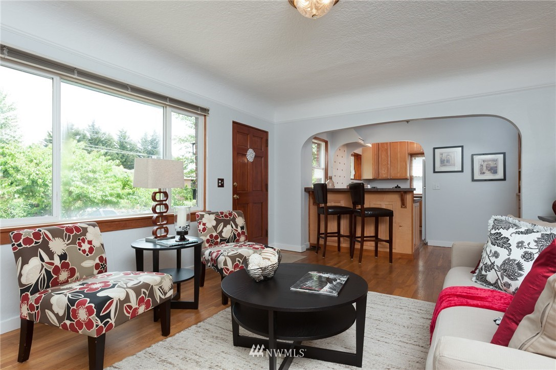Sold Property   8319 16th Avenue NW Seattle, WA 98117 5