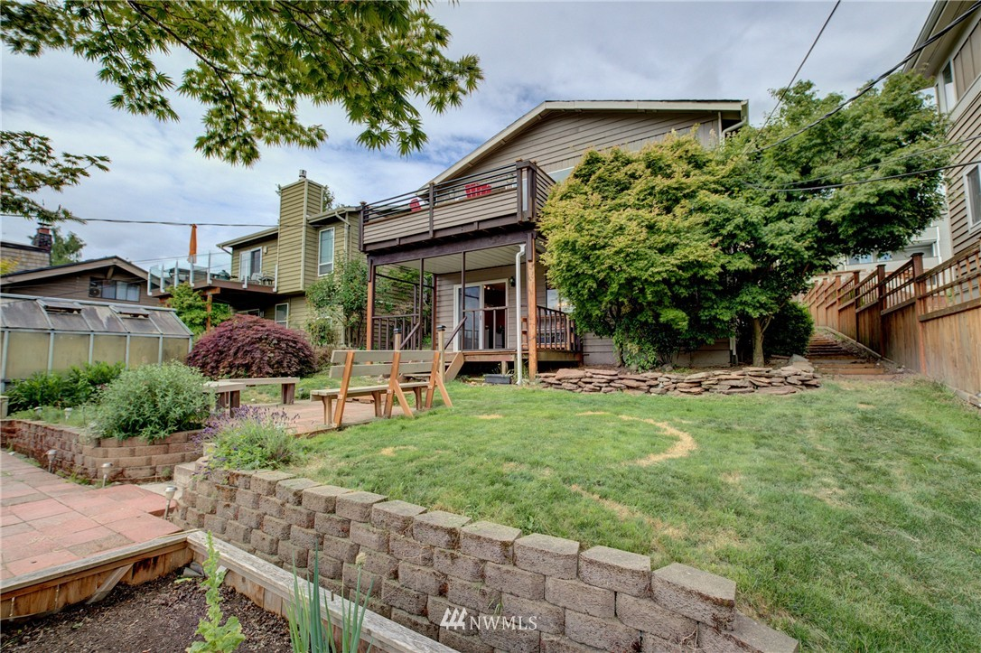 Sold Property | 1831 26th Avenue Seattle, WA 98122 20