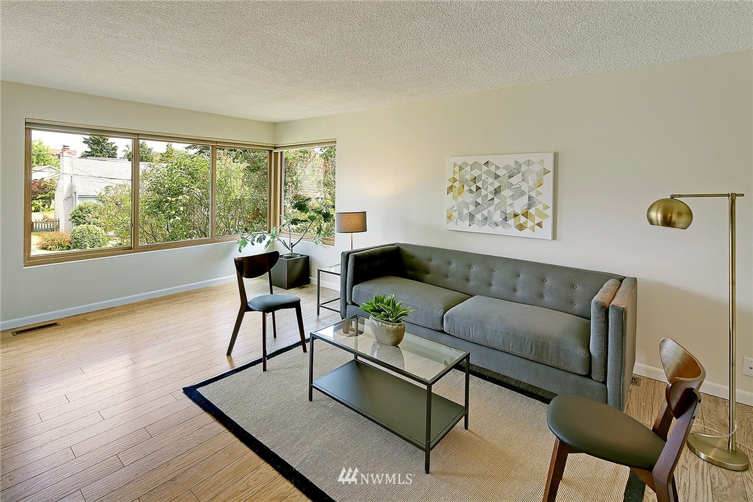 Sold Property   7321 13th Avenue NW Seattle, WA 98117 3