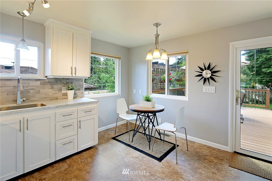 Sold Property   7321 13th Avenue NW Seattle, WA 98117 5