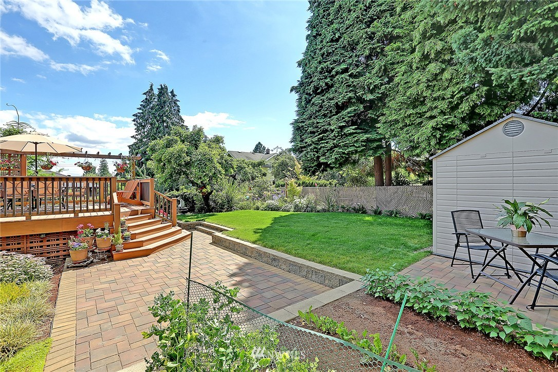 Sold Property   7321 13th Avenue NW Seattle, WA 98117 19