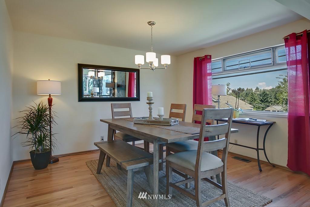 Sold Property | 3514 W Dravus Seattle, WA 98199 4