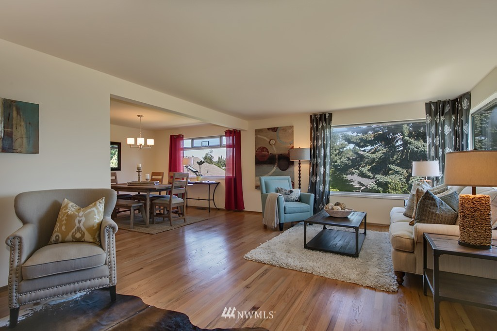 Sold Property | 3514 W Dravus Seattle, WA 98199 2