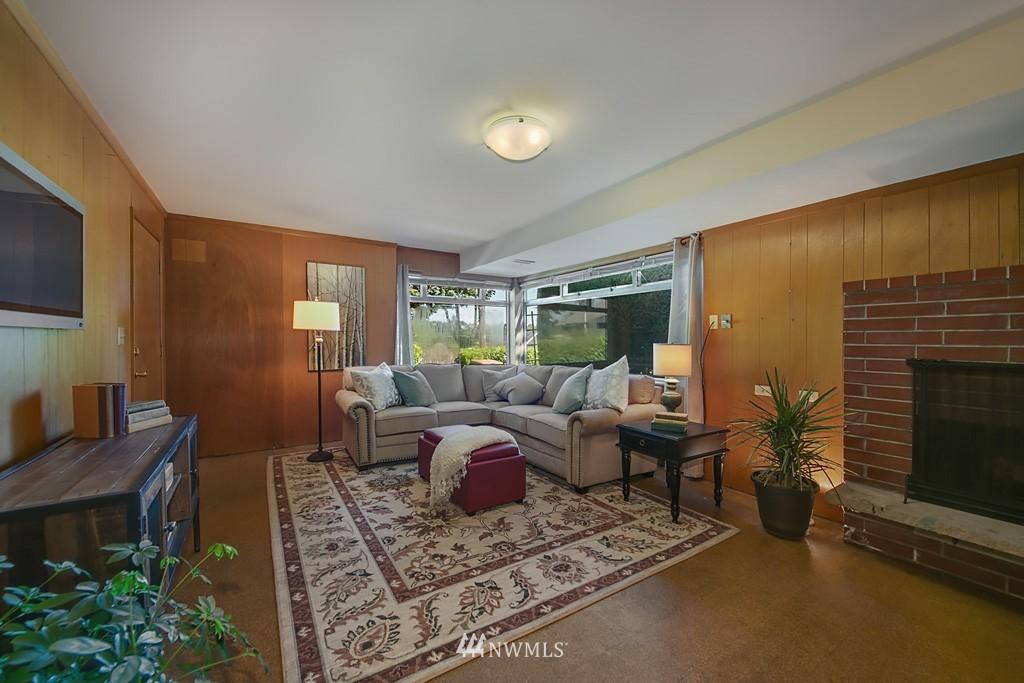 Sold Property | 3514 W Dravus Seattle, WA 98199 14