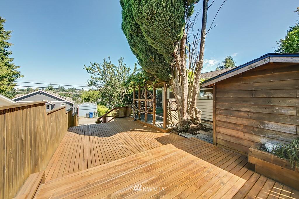 Sold Property | 3514 W Dravus Seattle, WA 98199 17