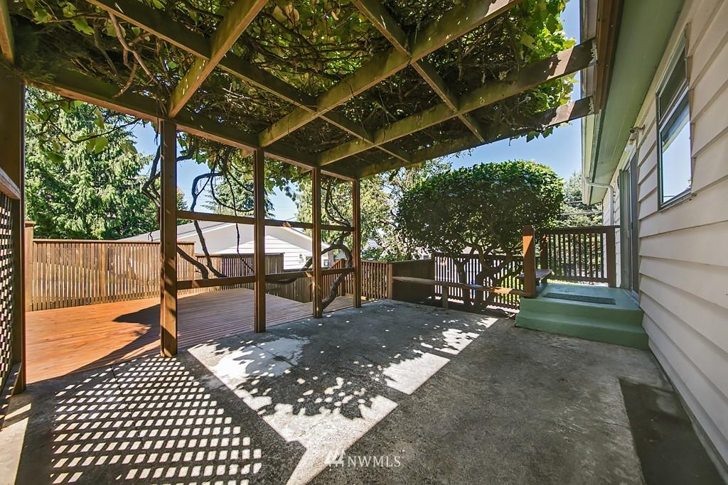 Sold Property | 3514 W Dravus Seattle, WA 98199 7