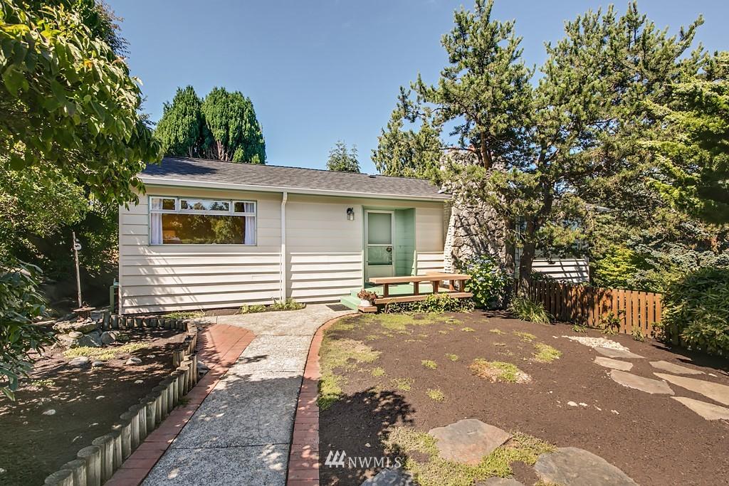 Sold Property | 3514 W Dravus Seattle, WA 98199 0