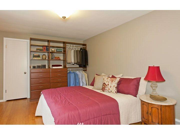 Sold Property   2545 37th Avenue W Seattle, WA 98199 12