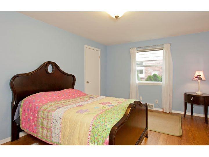 Sold Property   2545 37th Avenue W Seattle, WA 98199 14