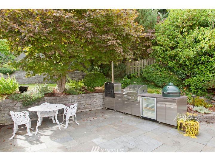 Sold Property   2545 37th Avenue W Seattle, WA 98199 20