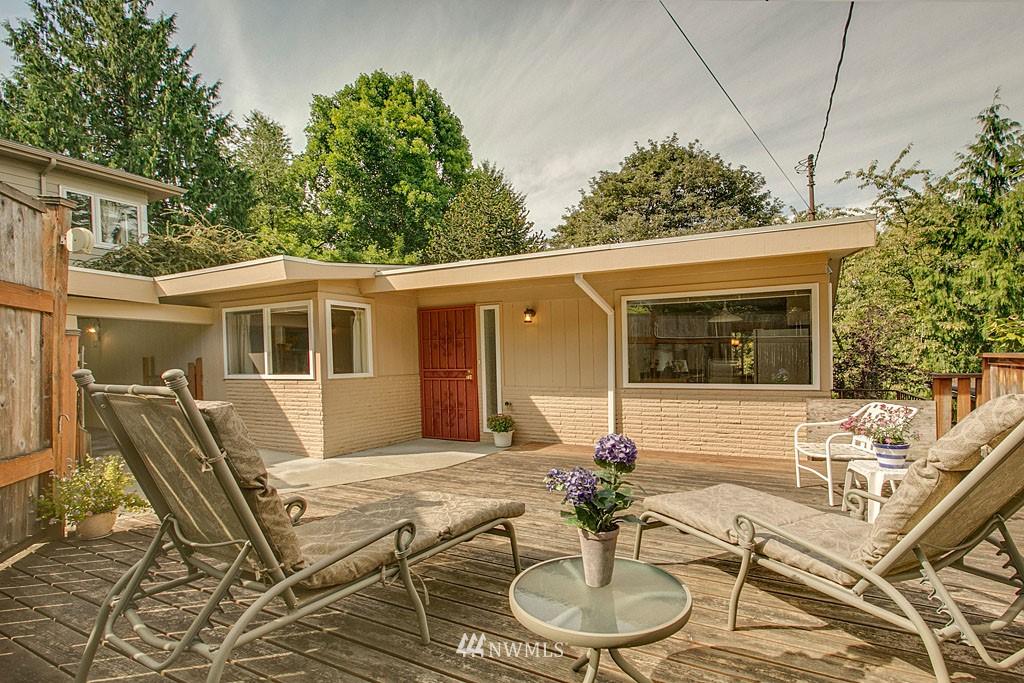 Sold Property   7527 28th Avenue NE Seattle, WA 98115 0