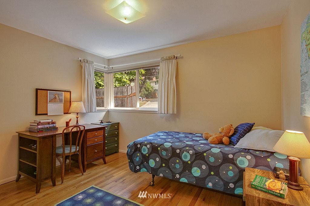 Sold Property   7527 28th Avenue NE Seattle, WA 98115 9