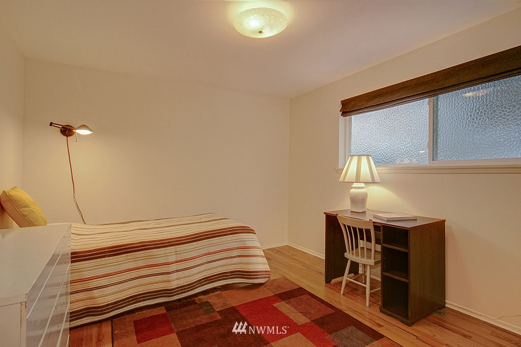 Sold Property   7527 28th Avenue NE Seattle, WA 98115 11