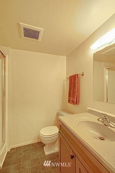Sold Property   7527 28th Avenue NE Seattle, WA 98115 14