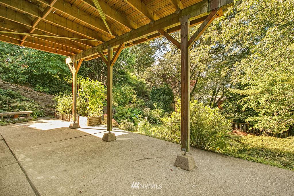 Sold Property | 7527 28th Avenue NE Seattle, WA 98115 16