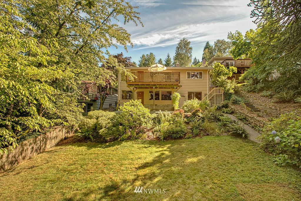 Sold Property   7527 28th Avenue NE Seattle, WA 98115 17