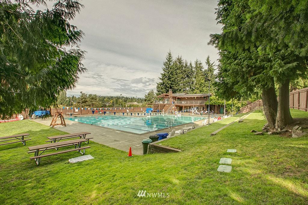 Sold Property   7527 28th Avenue NE Seattle, WA 98115 19