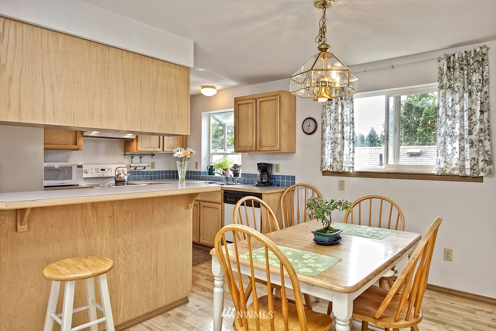 Sold Property | 14332 Wayne  Place N Seattle, WA 98133 5