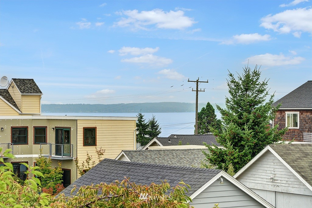 Sold Property | 3230 NW 64th  Street Seattle, WA 98107 16