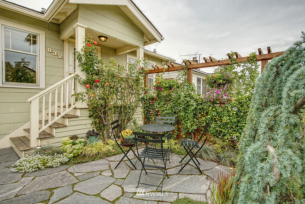 Sold Property   832 NW 67th Street Seattle, WA 98117 1